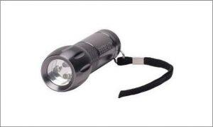 Energizer compact metal flashlight
